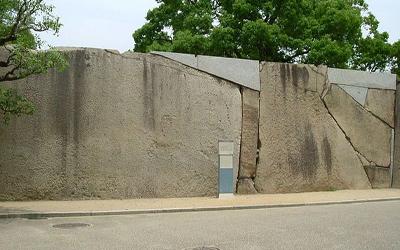 Biggest rock(100tons) at Osaka castle