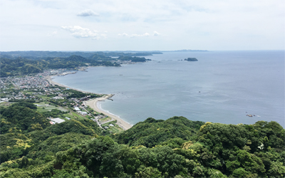 Panoramic view of Tokyo Bay and Boso Peninsula from the top of Mt. Nokogiri